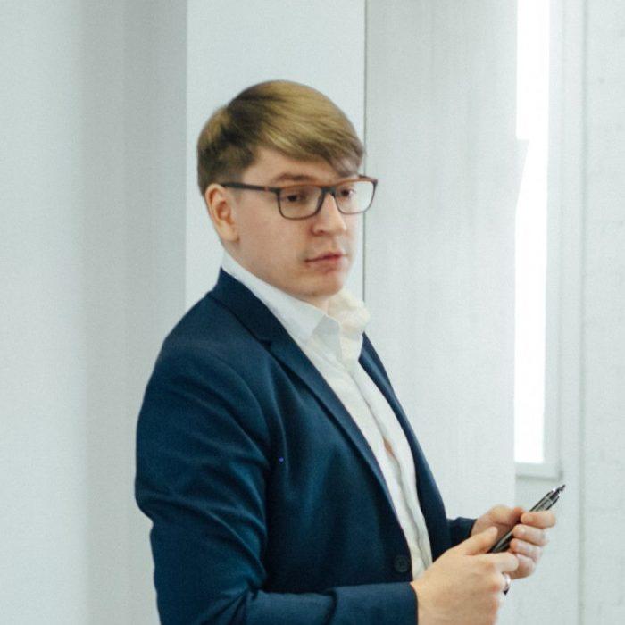 generalnyj-direktor-kutafin-roman